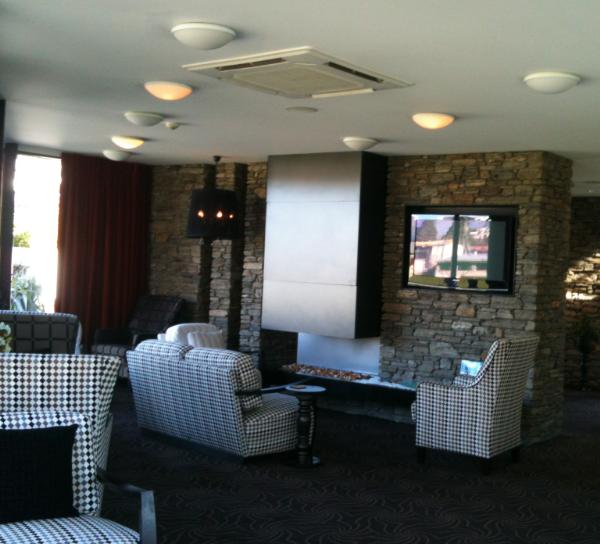 Queenstown Park Boutique Hotel lobby